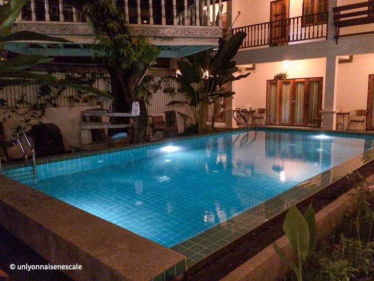 piscine garden yard inn chiang mai