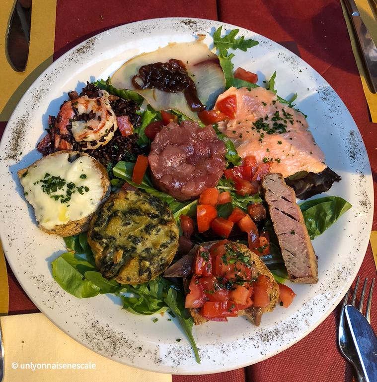 Assiette garnie au Vicolo Intherno