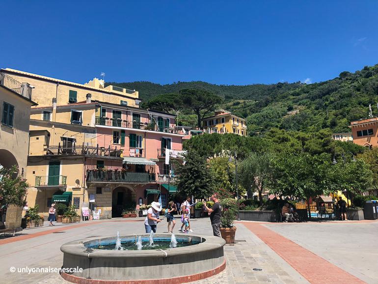 place centrale monterosso