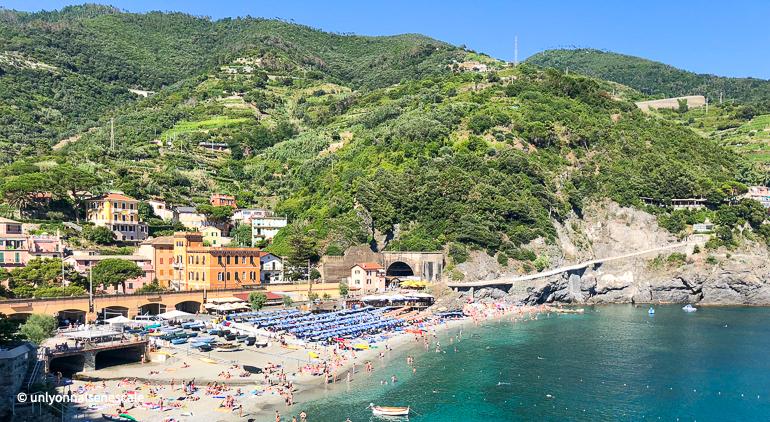 une des plages de monterosso